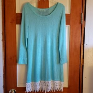 Filly Flair tunic size small